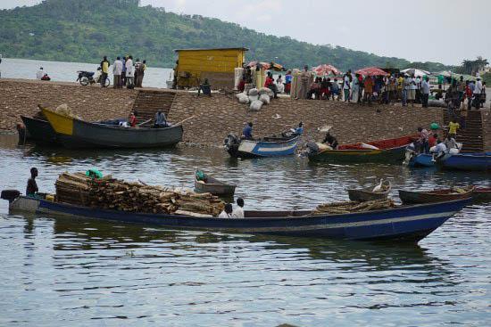"""""""Life on Lake Victoria in Kampala, Uganda"""""""