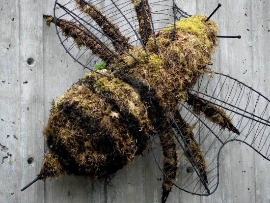 """Giant bumblebee decoration"""