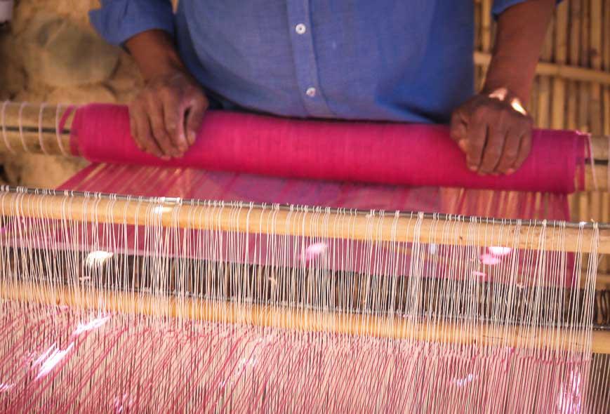 Weaving a blanket