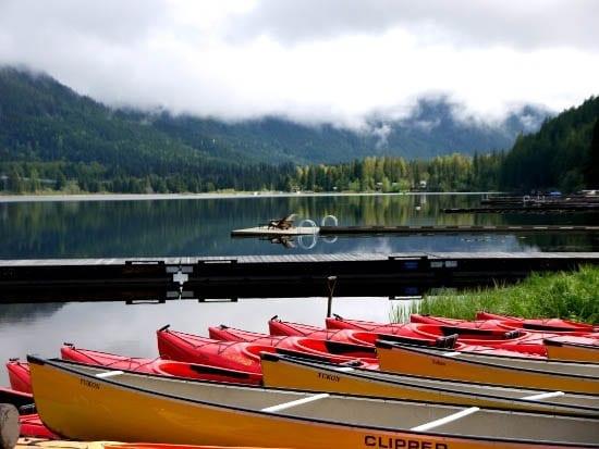 Whistler Half Day Trip: Canoe the River of Golden Dreams