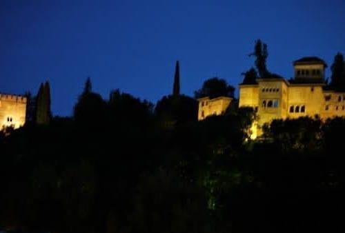 """Gorgeous skies frame the Ahlambra Palace at dusk"""