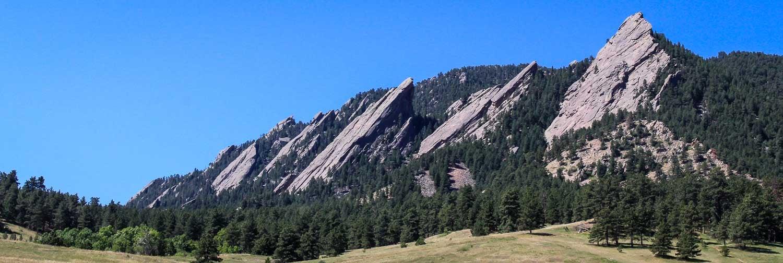 Colorado hike between the Flatirons