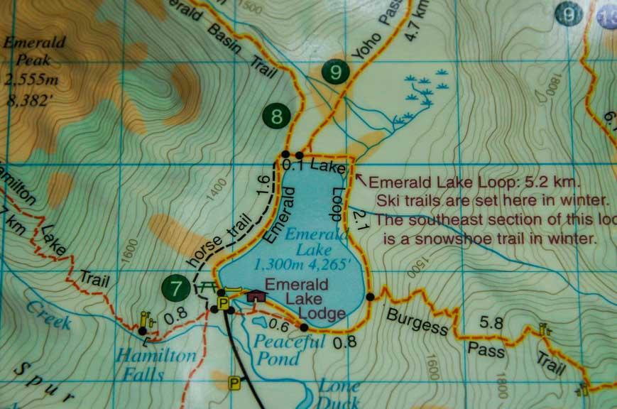 Map of the Emerald Lake loop hiking trail