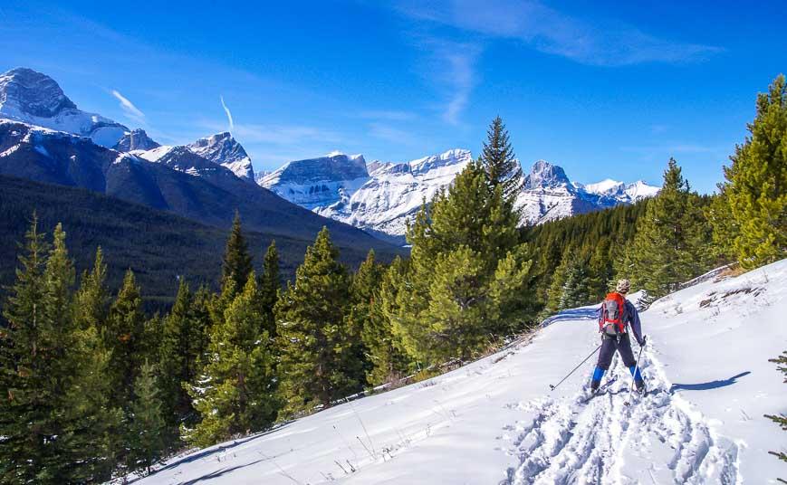 Skiing To Skogan Pass From Dead Man's Flat