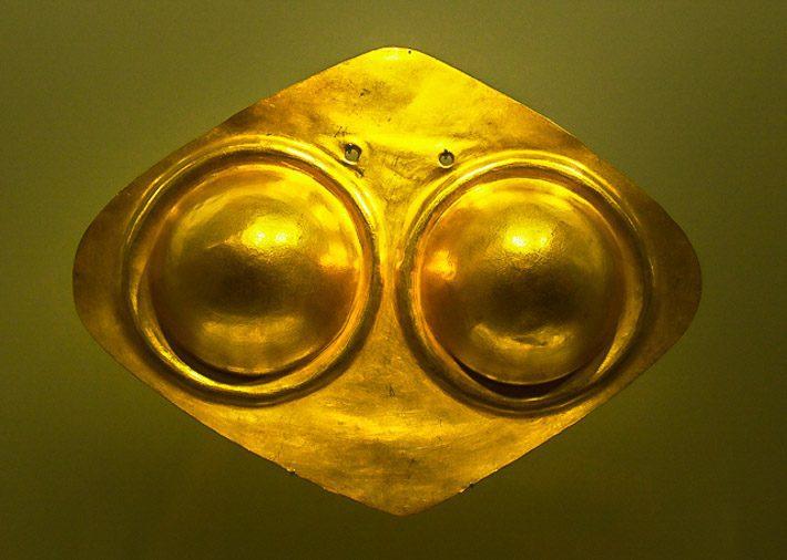 Gold breast plates in the Museo del Oro