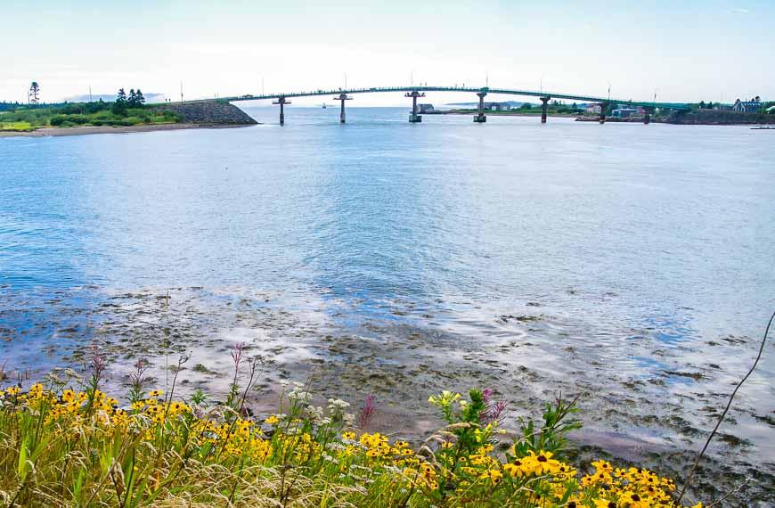 It's a short bridge linking Maine to Campobello Island