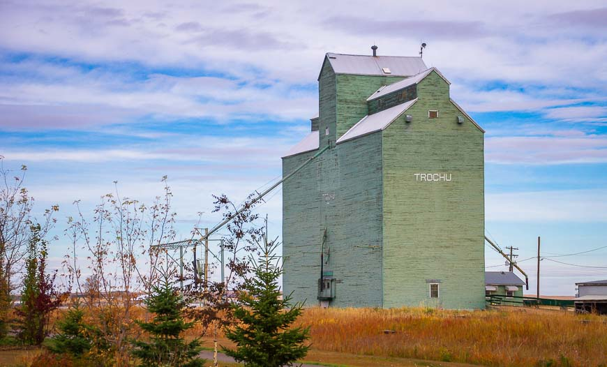 Grain elevator in the town of Trochu