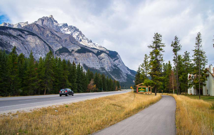 The trail has a moderate elevation loss on the way from Banff to Canmore
