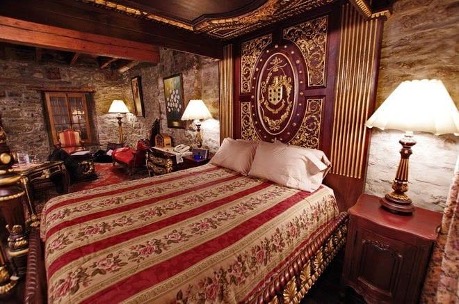 Hotel Pierre Du Calvet
