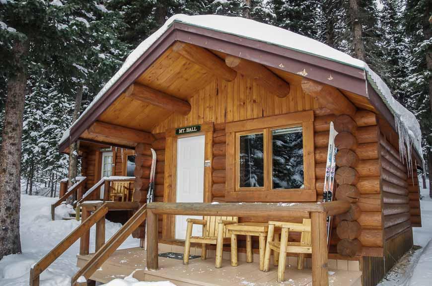 We had the Mount Ball cabin t Shadow Lake Lodge