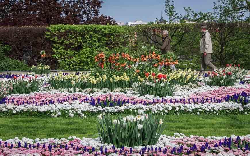 What to do in Dresden - visit the Brüshlsche Gardens