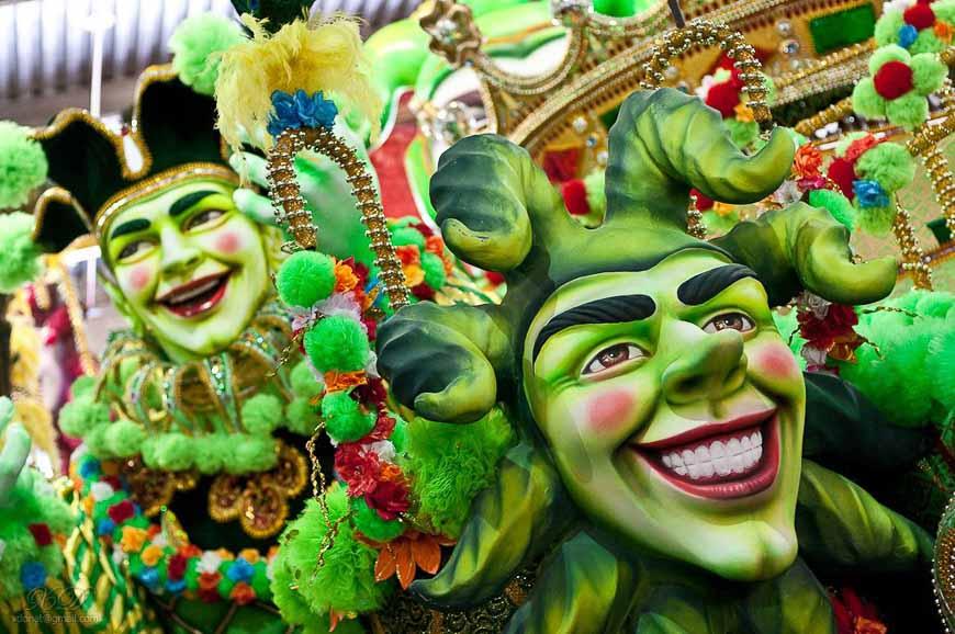 Carnival time in Brazil - Photo credit: Photo credit: Xavier Donat