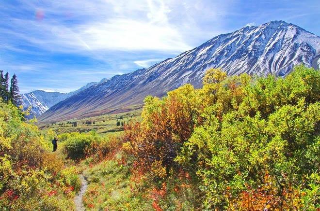 """Big valley views near the high point on the Auriol Trail"""