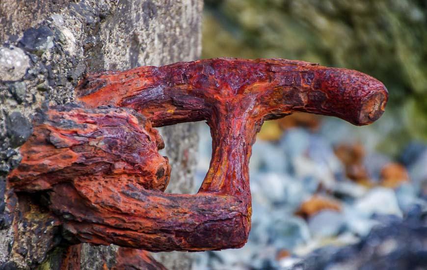 Rusted mooring