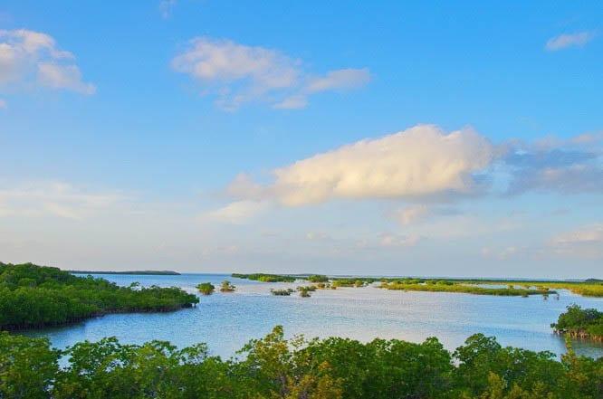 Views of the Florida Keys en route to Key West
