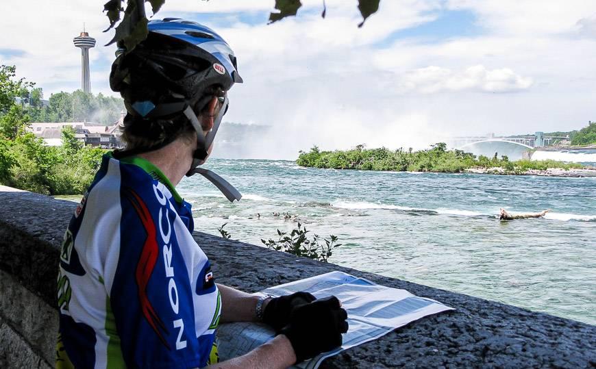 Biking towards Fort Erie