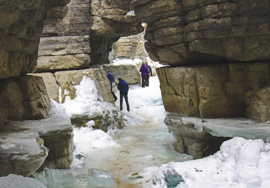The Maligne Canyon Ice Walk