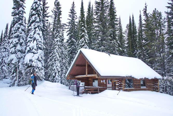 The Black Prince warming cabin at Sovereign Lake