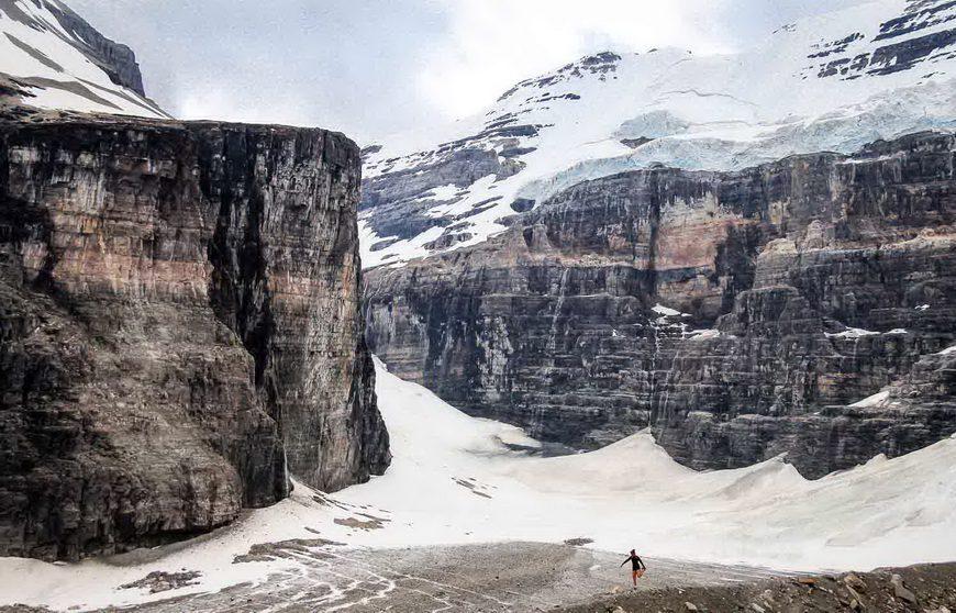 The Plain of the Six Glaciers hike