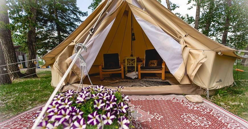 Glamping tents at Meska Outdoors