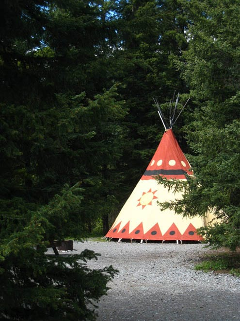 • 10 Places You'll Want to go Glamping in Alberta
