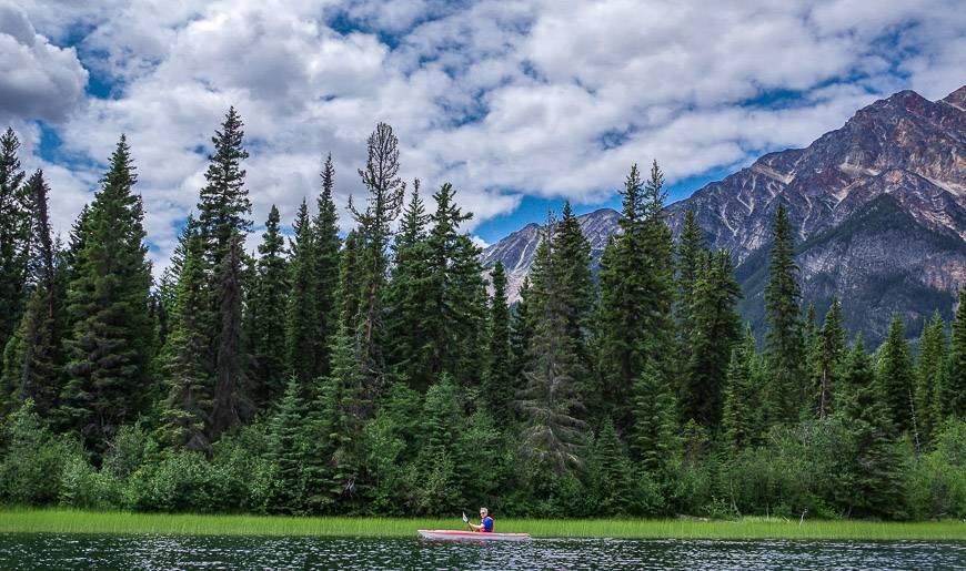 Paddling on Pyramid Lake in Jasper