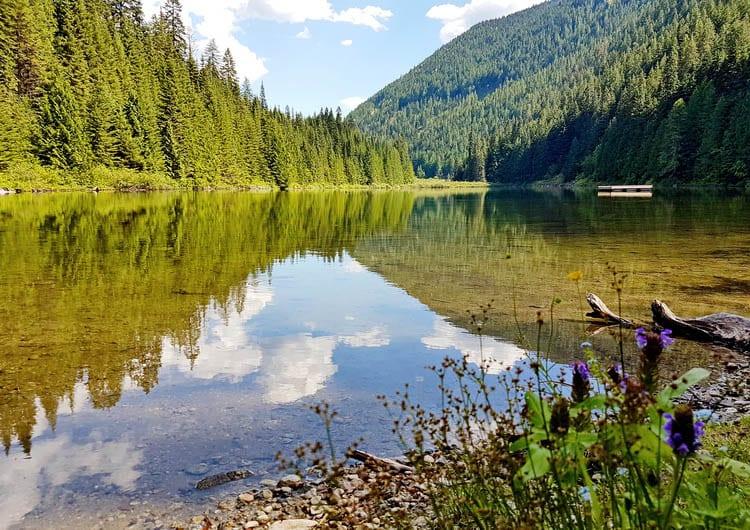 Things to do in Nelson BC include e-biking or mountain biking to Cottonwood Lake