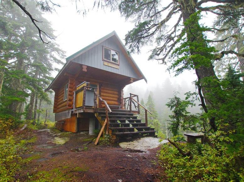 Mount Troubridge Hut on the the Sunshine Coast Trail