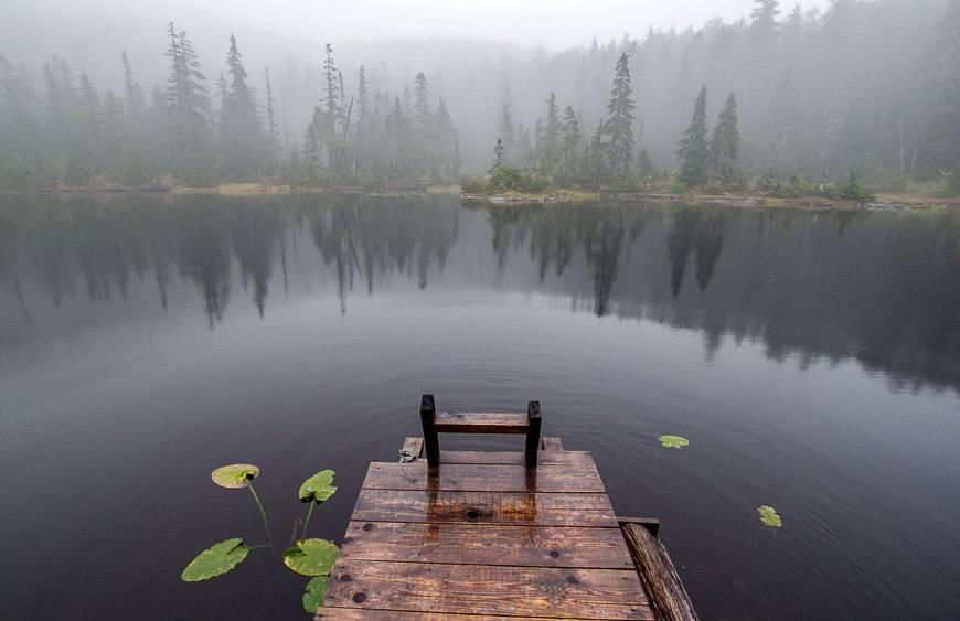 A moody Jocelyn Pond on the Sunshine Coast Trail