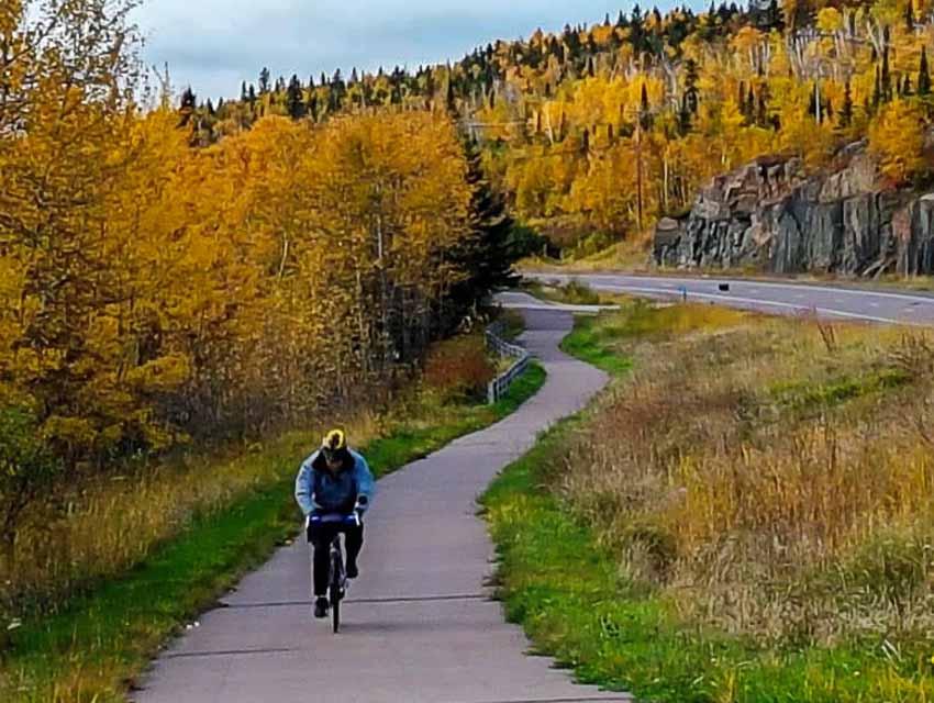 Bike trails in Minnesota - the Gitchi Gami Trail