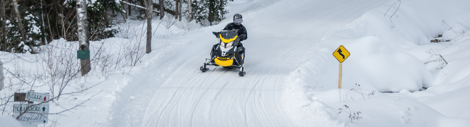 Snowmobiling in La Mauricie area of Quebec