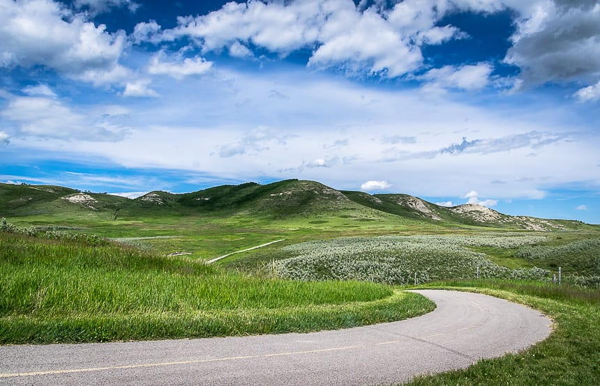 Mind the curves - beautiful biking on the Glenbow Ranch trails