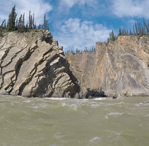 An Unforgettable Paddling Trip on the Remote Mountain River, NWT