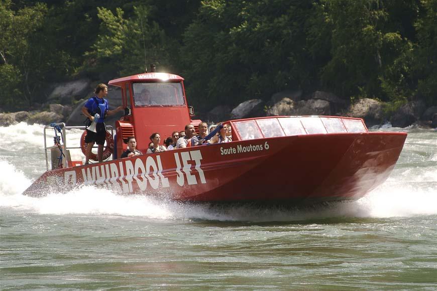 Niagara River jet boat - Photo credit: William Klos on Flickr