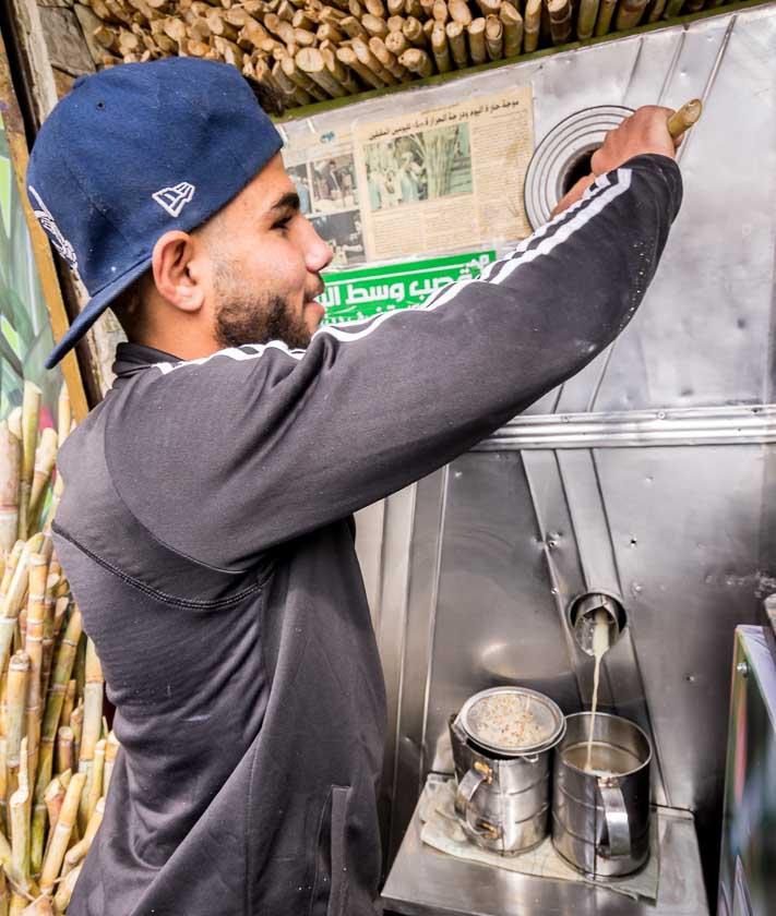 Feeding the sugarcane