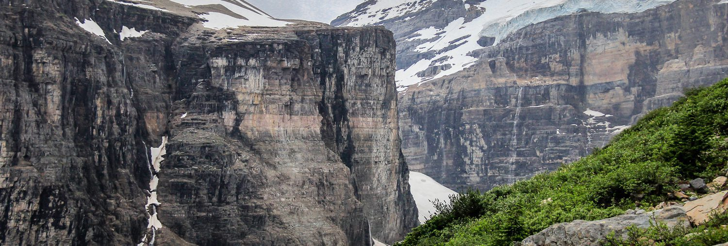 A Hike To The Plain Of Six Glaciers Tea House