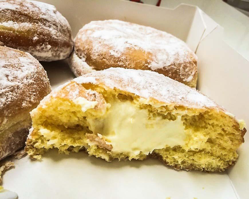 Over 3 days in Krakow eat delicious Paczki dessert