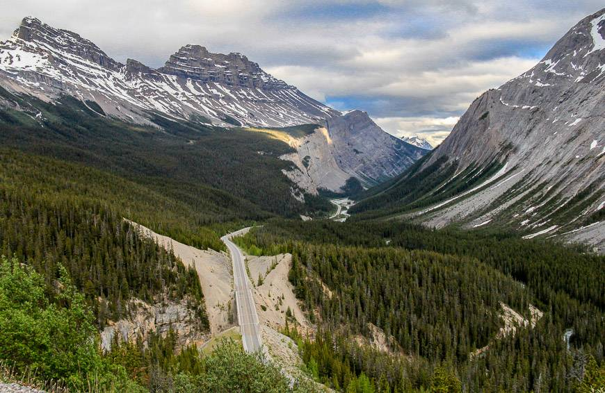 View south down the Icefields Parkway