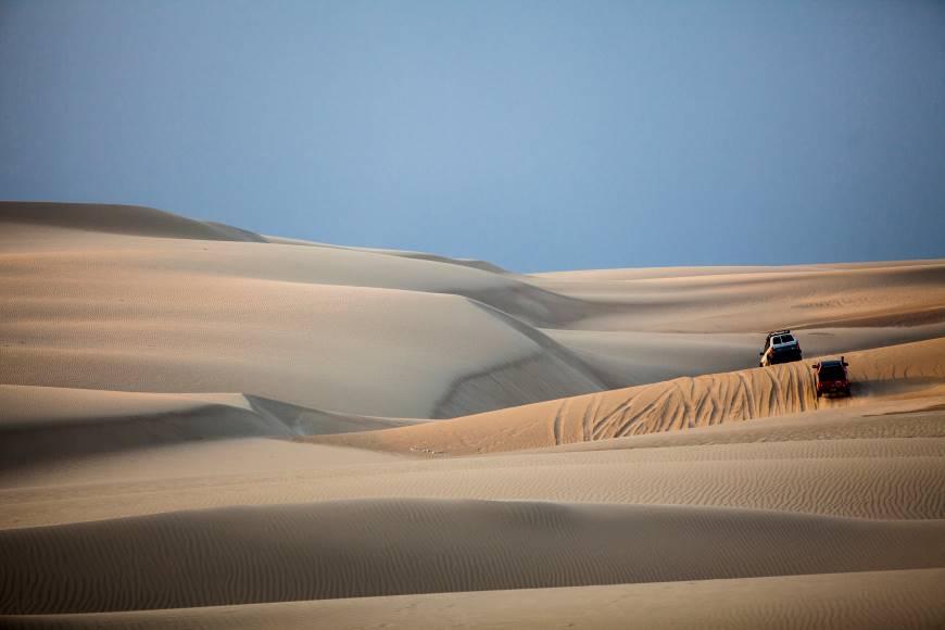 Exploring the coastal desert of the Paracas National Reserve